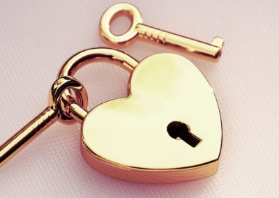 key-to-the-heart-5142327_1920